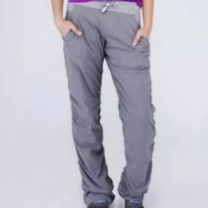 NWT Ivivva Live to Move Pant